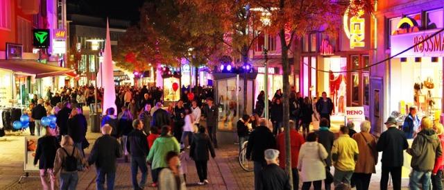 Light-Night Shopping Foto: Chris Gossmann