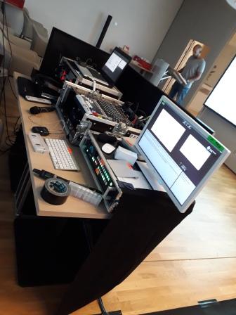 Die Regie zum steuern der Präsentationen und zum abmischen der unterschiedlichen Funk-Audiosignale