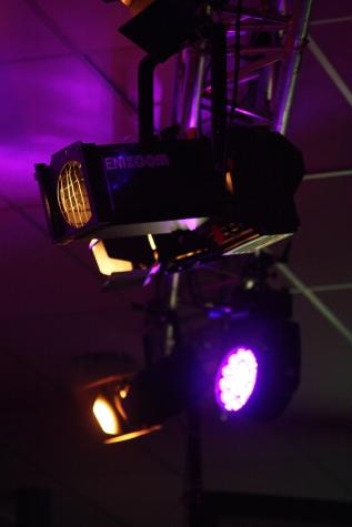 Wechselspiel aus LED- und klassischem Halogenlicht. Foto: Carsten Bublies